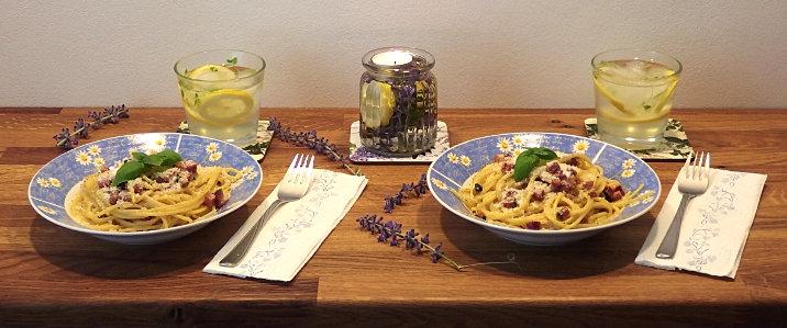 lucerna svíčka špagety carbonara