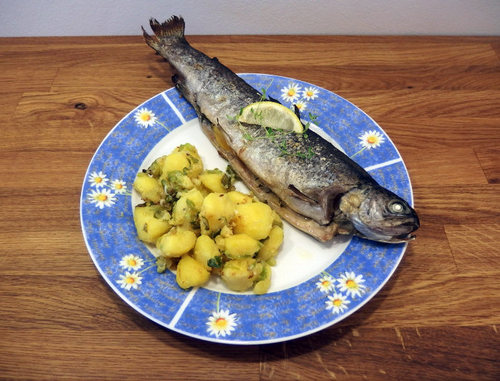 ryba pstruh na másle