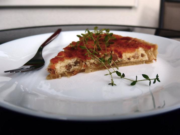 sýr cibule koláč